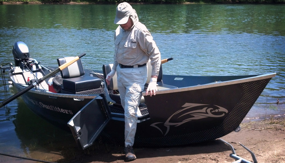 Umpqua river fishing with big k outfitters for Best river fishing boat